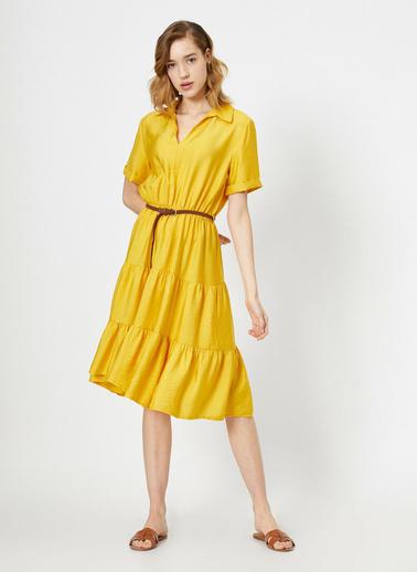 Koton Kemer Detaylı V Yaka Kısa Kollu Midi Elbise Sarı